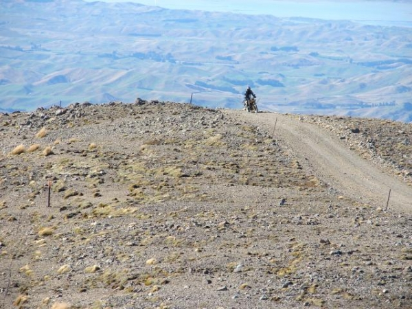 A rider near the top of Mt Altimarloch