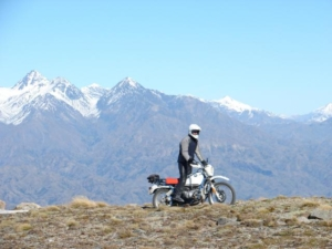 Alex on his R100 GS Basic at the top of Mt Altimarloch