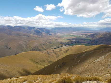 Breathtaking views from East Manuherikia Track