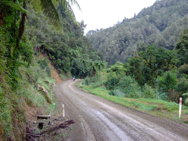 The gravel section of the Forgotten World Highway SH43