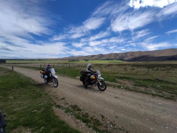Hawkdun Runs Road