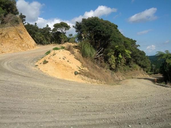 A tight uphill turn on Klondyke Road