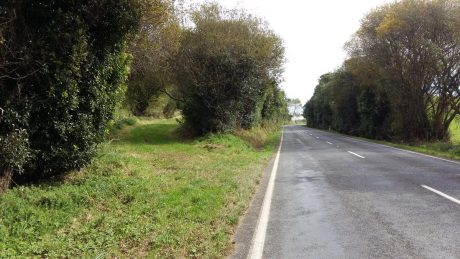 The Waipapa Road entrance to Lake Road