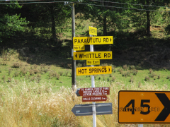 Signs at the turn off to The Mangatutu Hot Springs