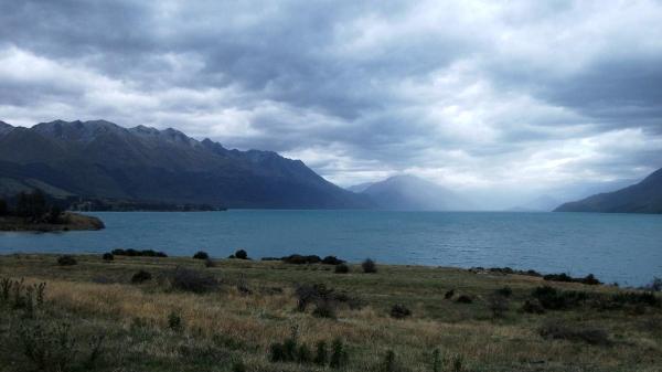 Lake back over Lake Wakatipu from The Von Road