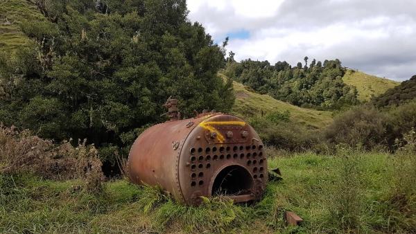 Abandoned machinery on Moki Track