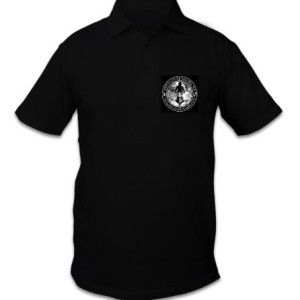 Polo shirt with small logo on the front