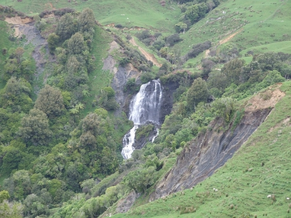 Waterfall on Hauturu Road