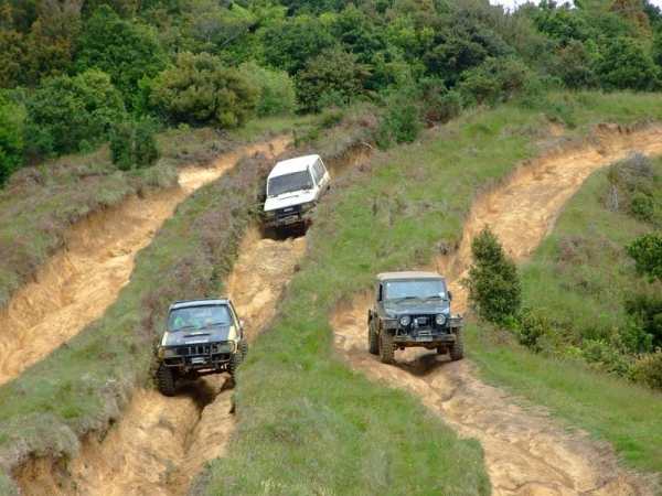 4x4's in some of the channels they have carved at the summit of Thompsons track