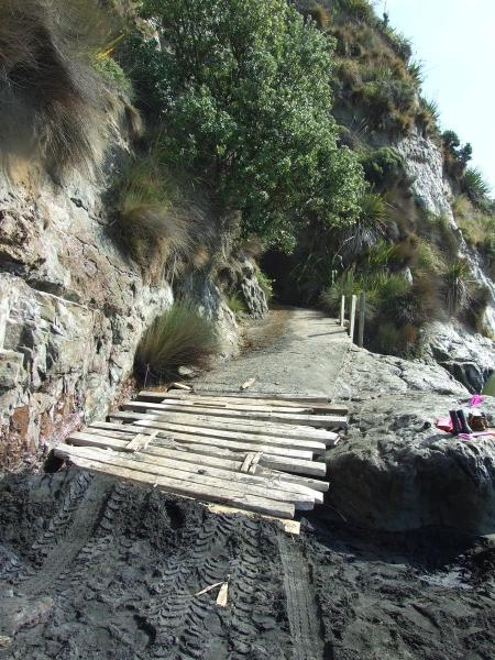 Waikawau Road beach ramp