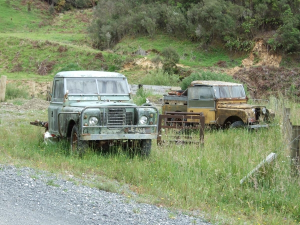 Abandoned Land Rovers on Waitewhena Road
