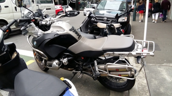 BMW 1200GS with Custom exhaust